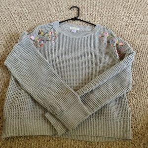 Grey Knitted Sweater with Floral Pattern